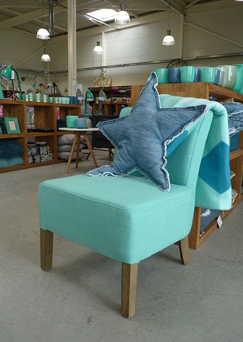 vous cherchez des chaussures un canap du th bythelake fr. Black Bedroom Furniture Sets. Home Design Ideas